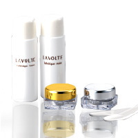 無添加化粧品LAVOLTE